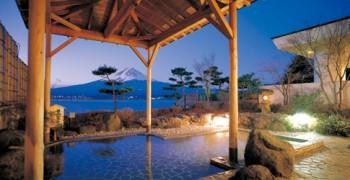 富士山の見える和風リゾート「秀峰閣湖月」